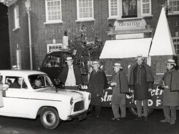 St Albans Round Table Christmas Float in 60s